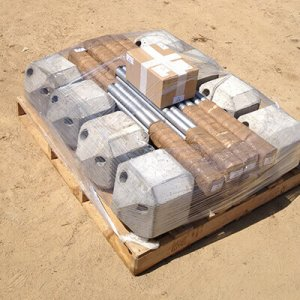 8 Piloedres empaquetados para su transporte