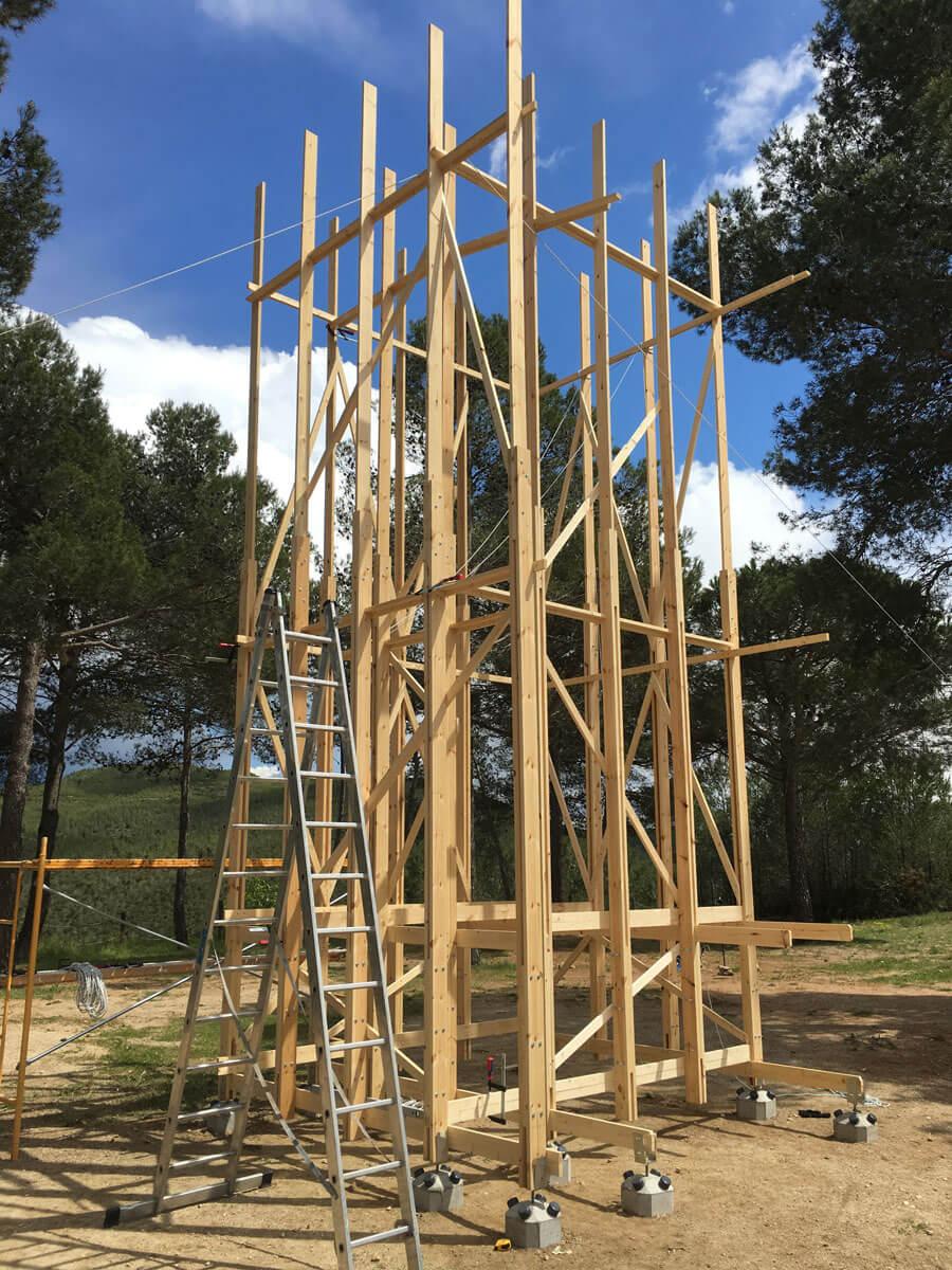 Cimentación de estructura Space 8 para cata de vino